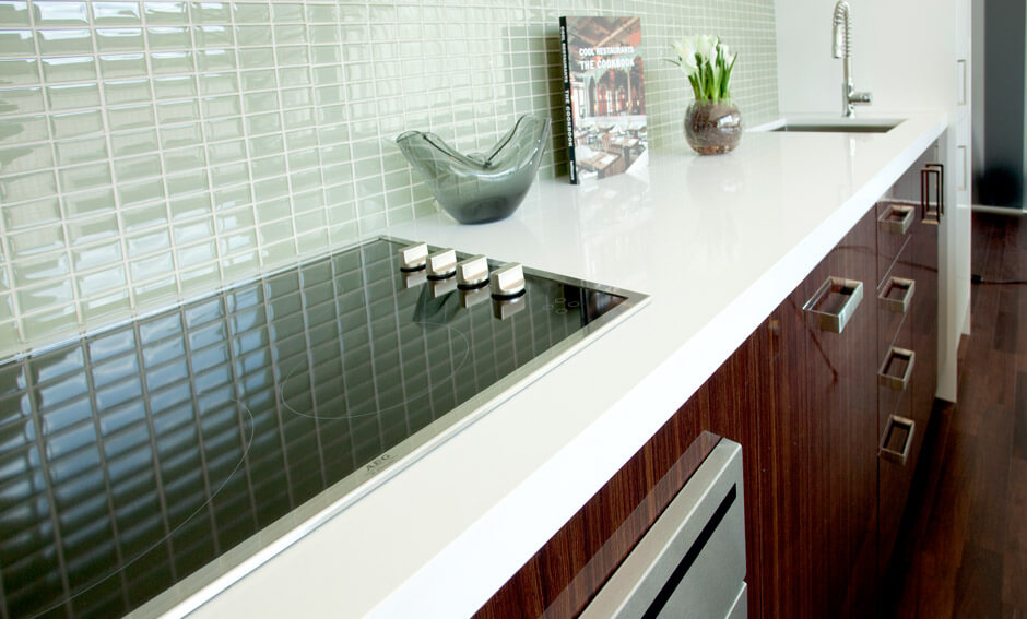 SoHo Parkway suite kitchen countertop